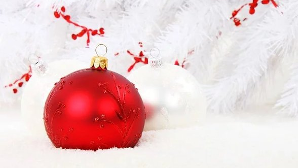 Christmas bauble 15738  480